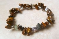 Tigers Eye And Silver Bead Stretch Bracelet.